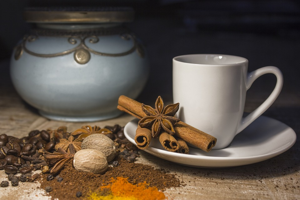 café aux épices au Maroc