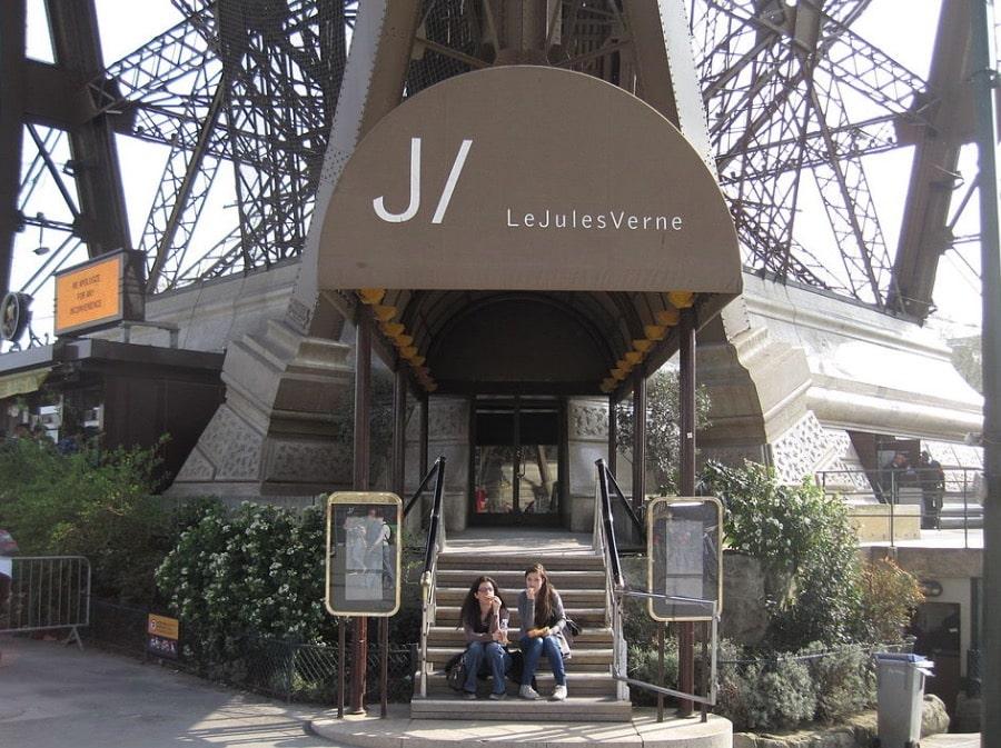 restaurant paris Jules verne