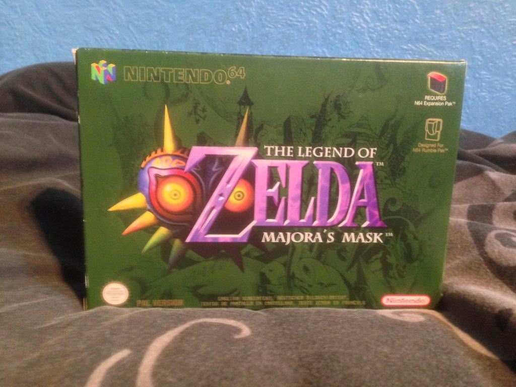 the_legend_of_zelda__majoras_mask_nintendo_64_by_darkgamer2011-d7cutx0