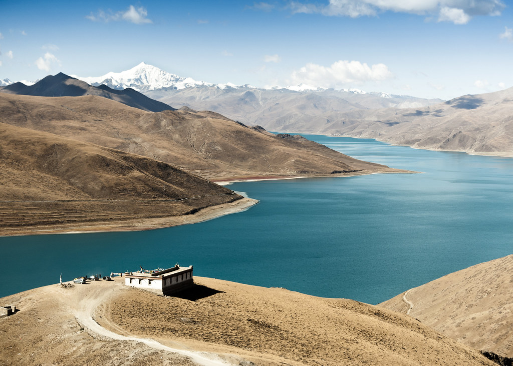 plus beau lac du monde paysage Tibet Yamdrok Tso