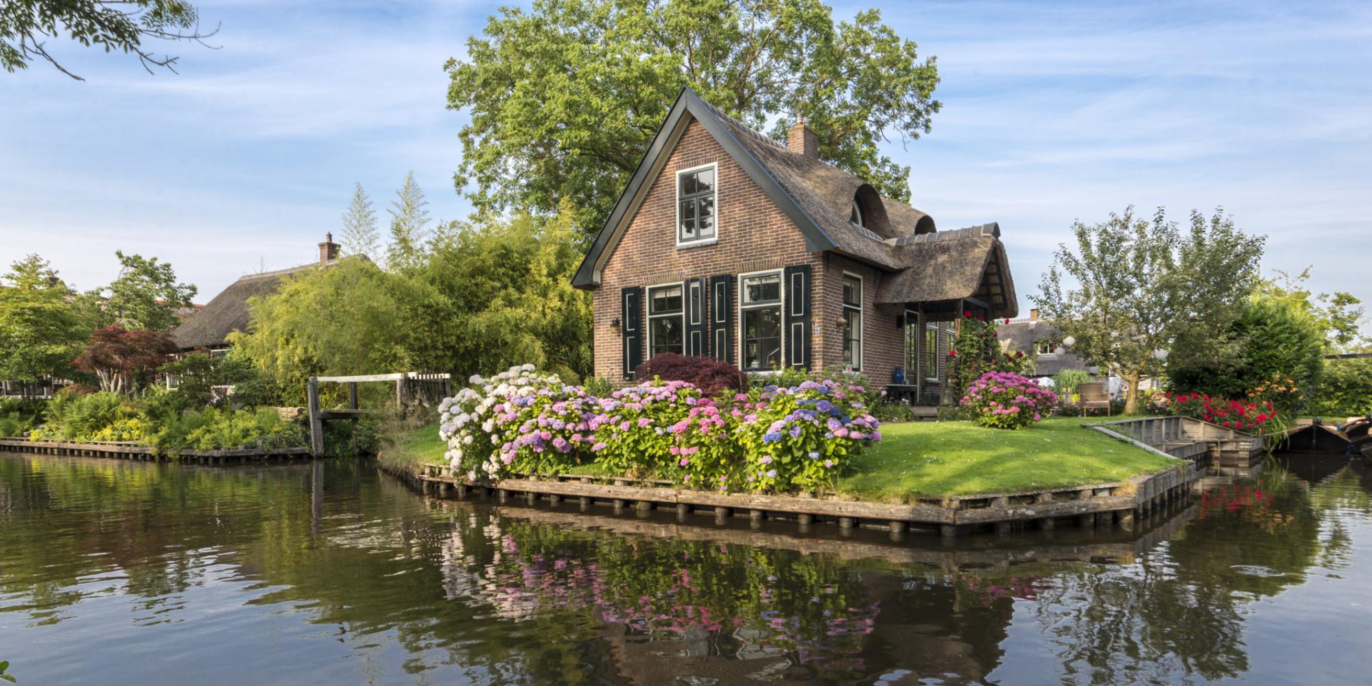 les 20 plus belles maisons du monde des demeures qui vont vous faire r ver la liste. Black Bedroom Furniture Sets. Home Design Ideas