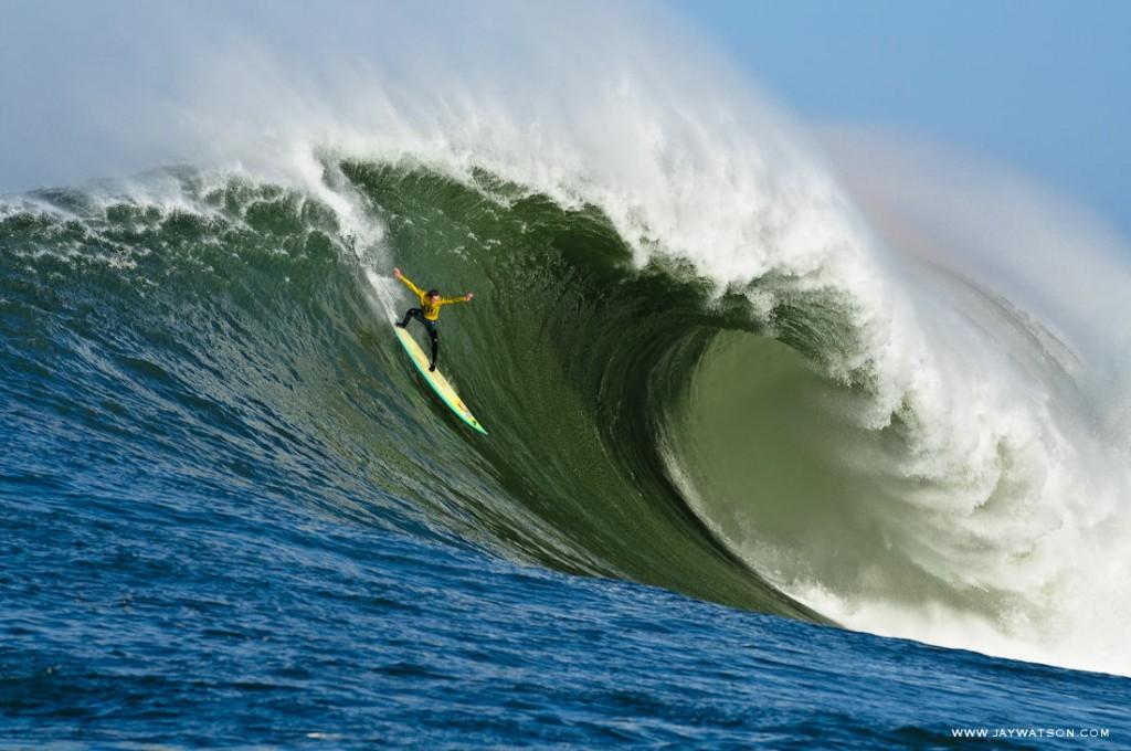 Les 10 vagues les plus dangereuses du monde (1)