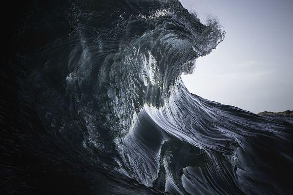Les 10 vagues les plus dangereuses du monde (10)