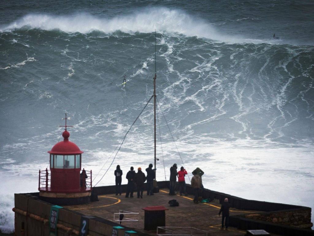 Les 10 vagues les plus dangereuses du monde (8)