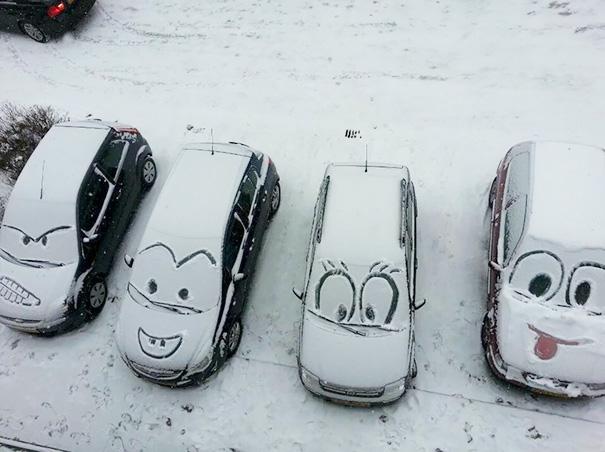 voitures neige vandalisme urbain canada sourire dessin