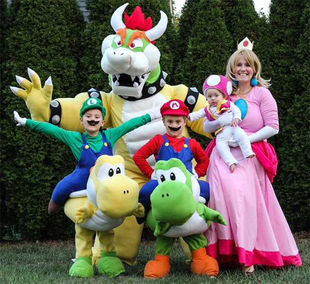 1/ The entire cast of Mario Land!  sc 1 st  Thewonderlist & 18 best family Halloween costumes -realistic funny or terrifying ...
