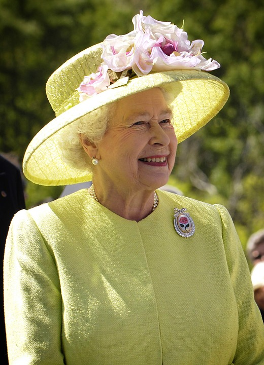 elizabeth II reine d'Angleterre Mcdonald's