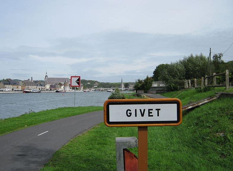panneau Givet trans Ardennes