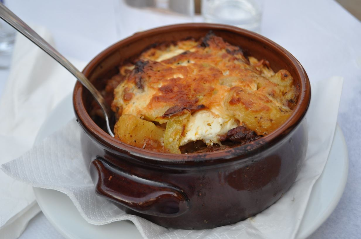 plat cuisine spécialités culinaires européennes moussaka